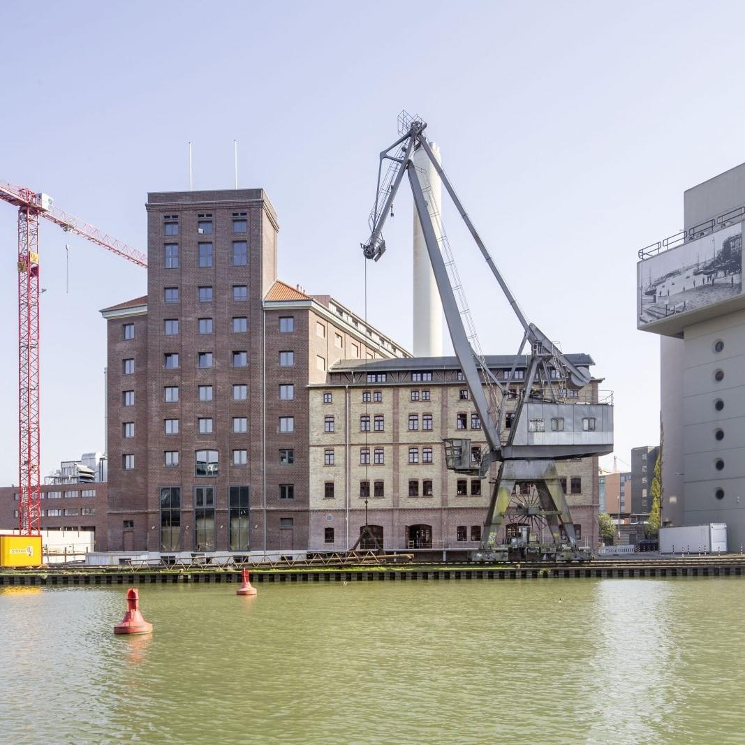 Münster: Flechtheim- und Rhenusspeicher, Am Mittelhafen, Umbau: Pfeiffer Ellermann Preckel, 2014 - Foto: Roland Borgmann