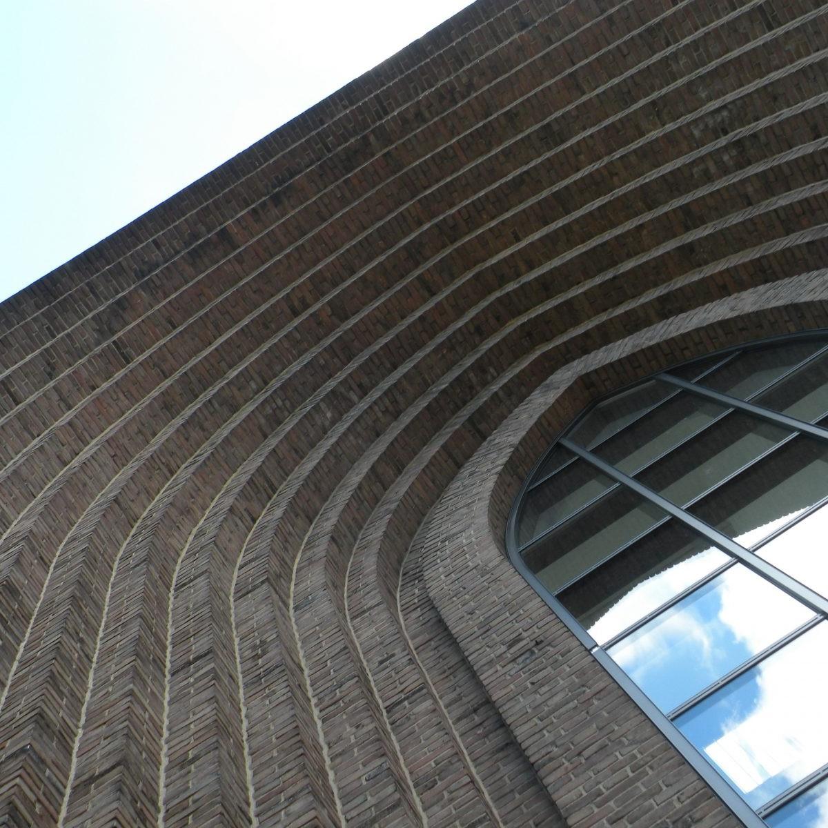 Münster: Dreifaltigkeitskirche, Grevener Straße (Architekten: Benteler & Wörmann, 1938/39) - Foto: Stefan Rethfeld