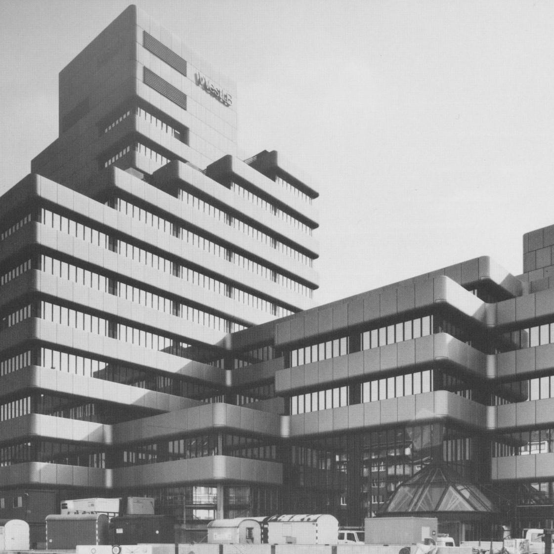 Harald Deilmann: WestLB Düsseldorf, 1974-1982 - Foto: Baukunstarchiv NRW / Nachlass Harald Deilmann