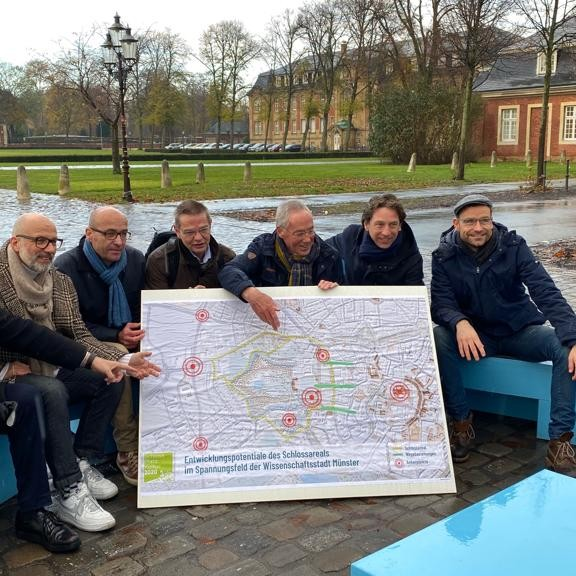 Schloss Platz Kultur 2020: Gruppenbild mit Mitglieder der Initiative - Foto: SPK