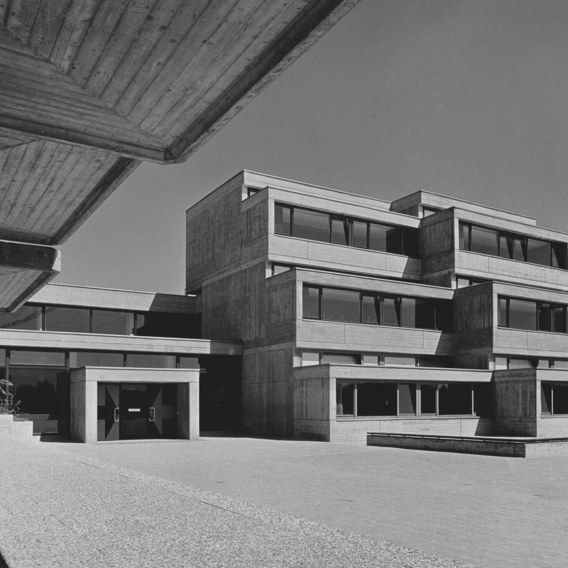 Harald Deilmann: Realschule Lemgo, 1964-1969 - Abb: Baukunstarchiv NRW, Nachlass Harald Deilmann, Foto: Friedhelm Thomas