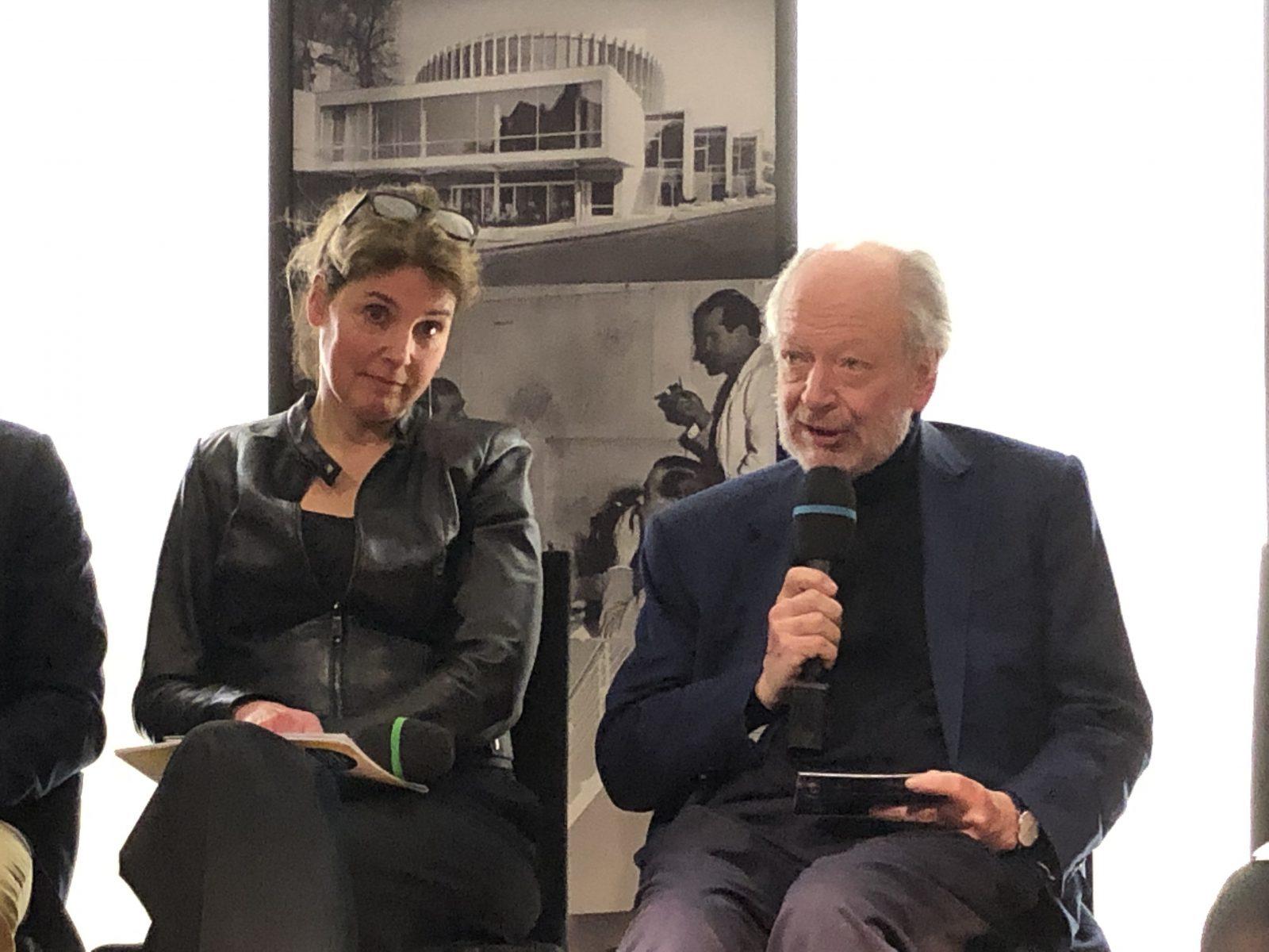Veranstaltung am 26.02.2020 im Theatertreff Münster: Besser für Münster - Kulturpolitischer Aschermittwoch - Bild (v.l.n.r.): Gerlind Korschildgen, Herbert Bühler. - Foto: Stefan Rethfeld