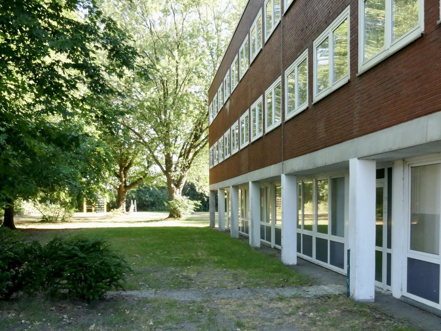 Einst gebaut vor den Toren der Stadt: Heerde Colleg - heute städtisches Probezentrum für Kulturprojekte - Foto: Stefan Rethfeld