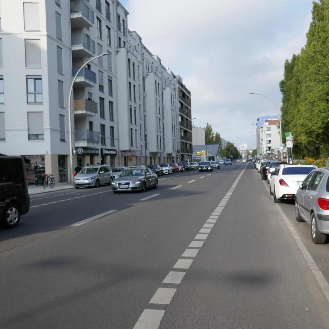 Berlin: Heinrich-Heine-Straße Foto: Stefan Rethfeld