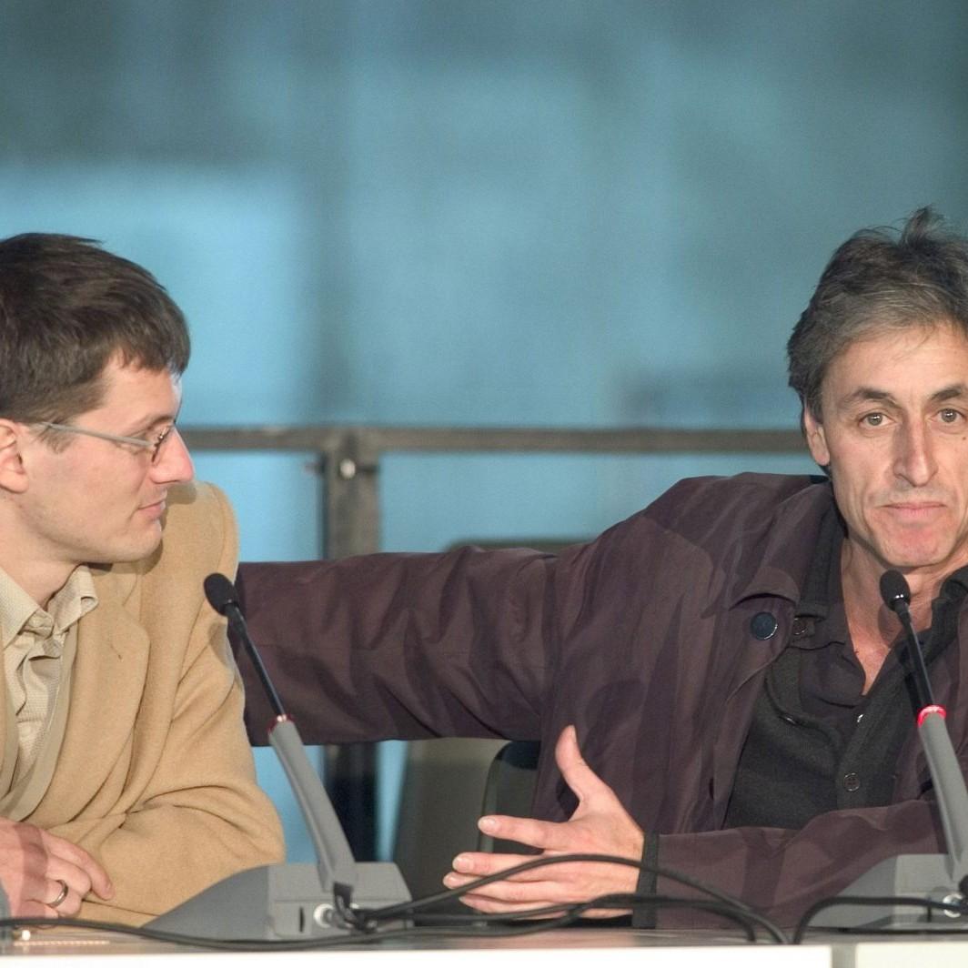 Fun Palace, Architekturkonferenz im Palast der Republik, Andreas Ruby und Philip Christou, Berlin 2004 - Foto: Dirk Baltzer