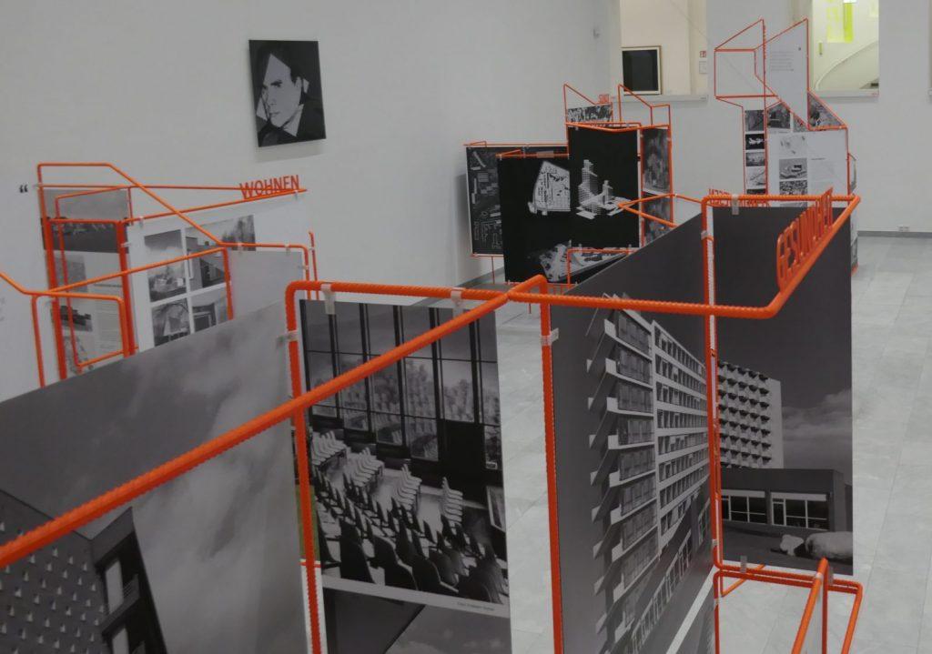 Ausstellung im Baukunstarchiv NRW: Harald Deilmann - Lebendige Architektur - Foto: Stefan Rethfeld